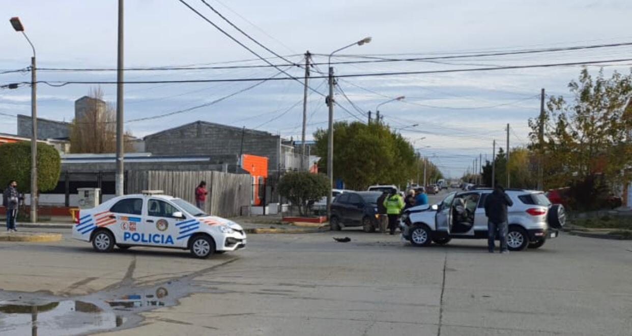 Una mujer terminó en el Hospital tras un fuerte choque en Bilbao y 9 de Julio