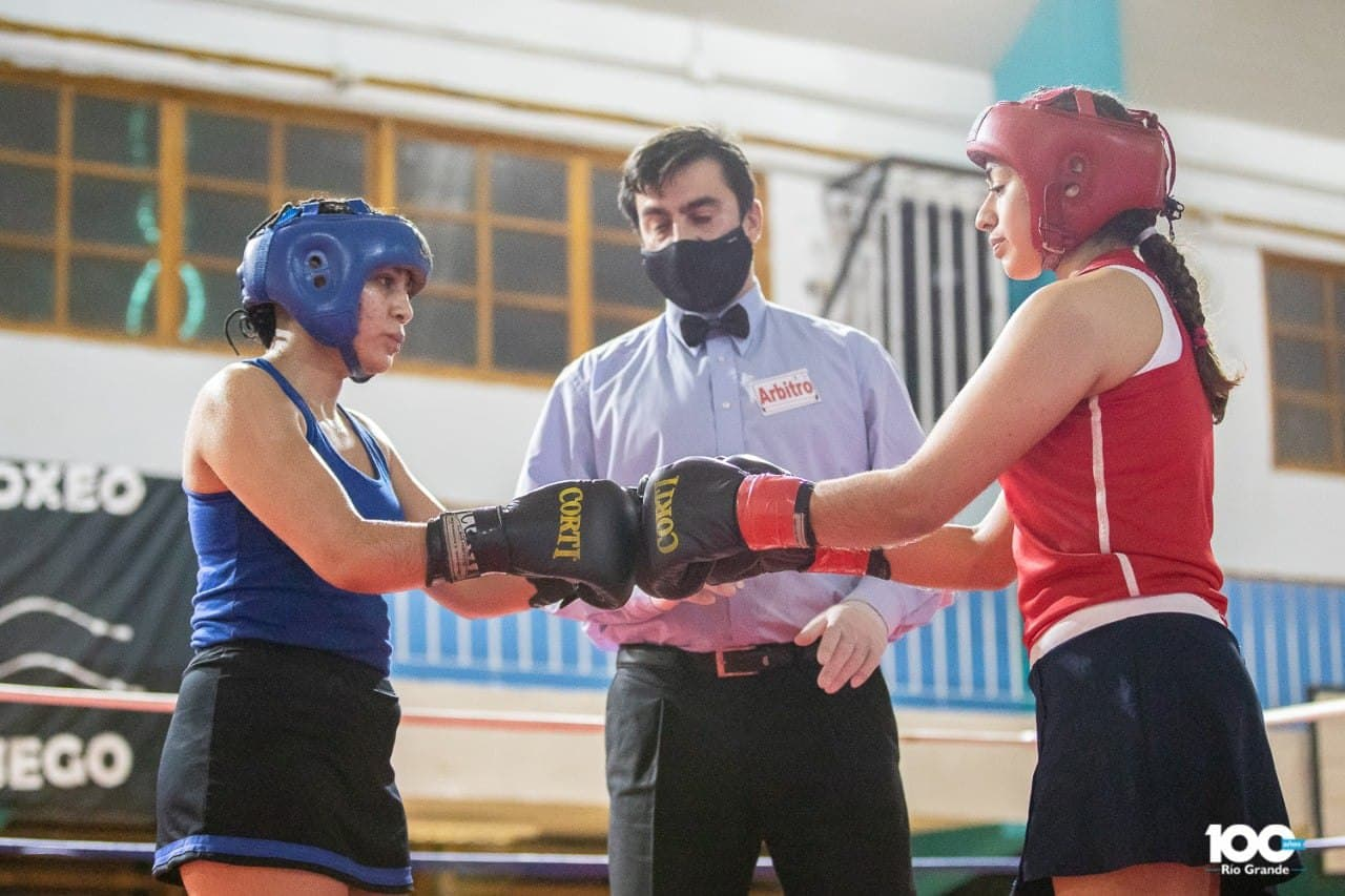 Deportistas locales se lucieron en el Festival de Boxeo