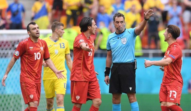 El árbitro argentino Rapallini debutó en la Eurocopa