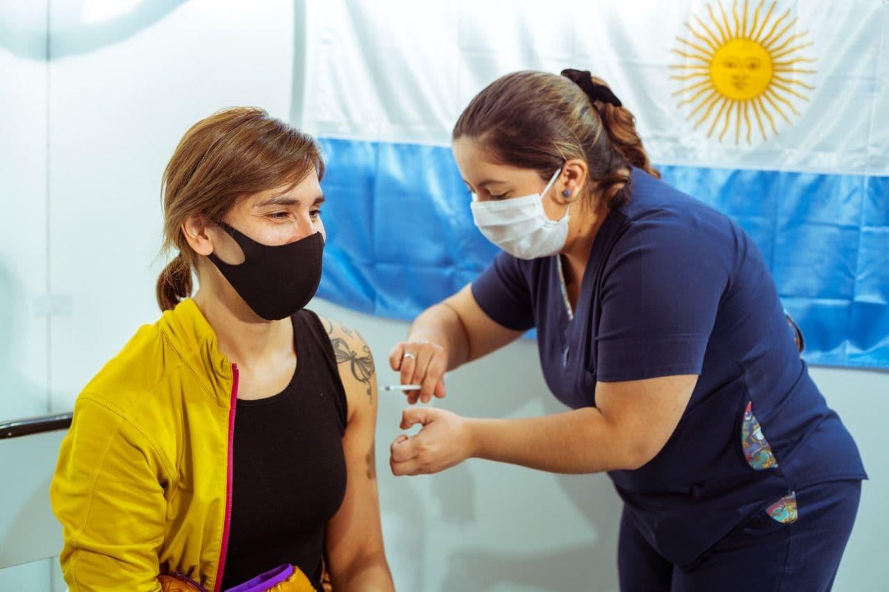 Argentina llegó a 20 semanas consecutivas de disminución de nuevos contagios