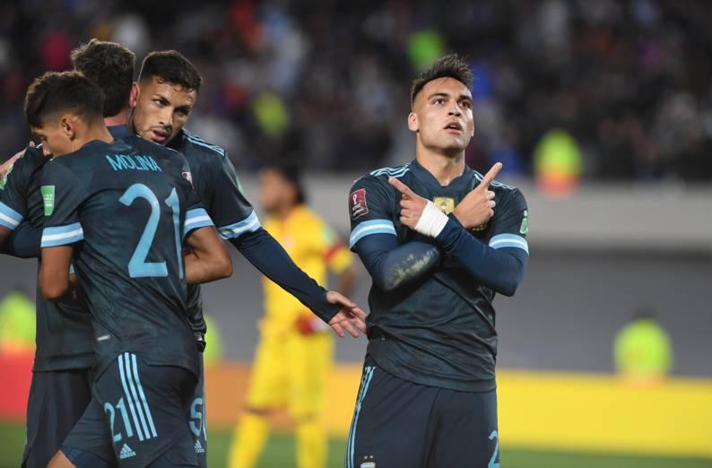 1 a 0 a Perú: otra victoria argentina y la clasificación, más cerca
